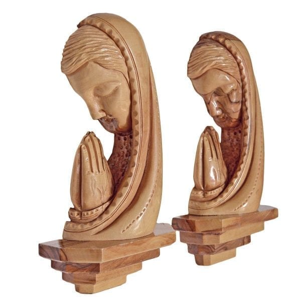 Praying Blessed Mother Plaque-c